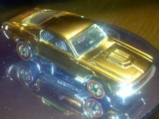 HOT WHEEL CUSTOM MUSTANG FAO SCHWARZ GOLD SET 68 FORD LOOSE REDLINE