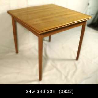 Danish Modern Teak Expandable Dining Table (3822)r.
