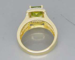 Solid 3.56Ct 14Kt Yellow Gold Diamond Peridot Ring