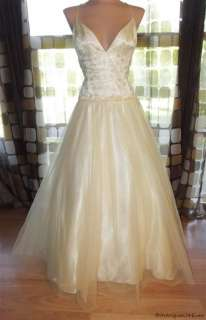 Retro 50s Style Full Sweep Princess Tulle Ball Gown Wedding Dress