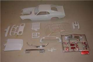 Lot/Body 1970 FORD MUSTANG BOSS Louvers, Spoiler, mirrors & HOOD SCOOP