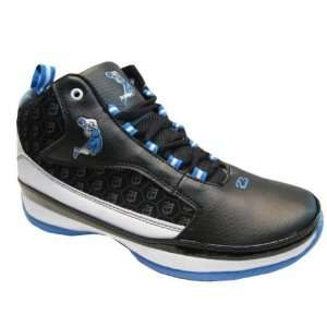 Men Sneaker Shoes In Color Black White Light Blue Case