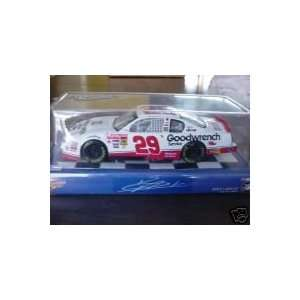 Kevin Harvick #29 Goodwrench Service Plus 124 Scale Diecast Toys